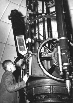 Richard Woolley at telescope, 1949